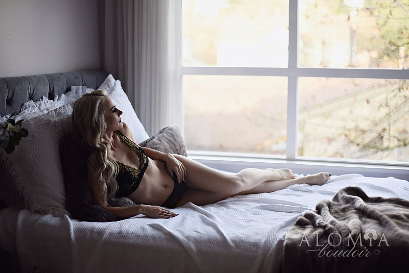 Boudoir Shoot with the Lovely Miss N